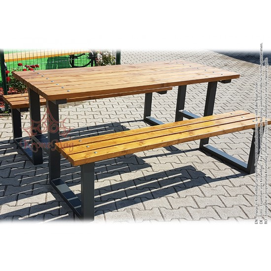 Kertibútor Pad-Asztal Garnitúra TUSNAD